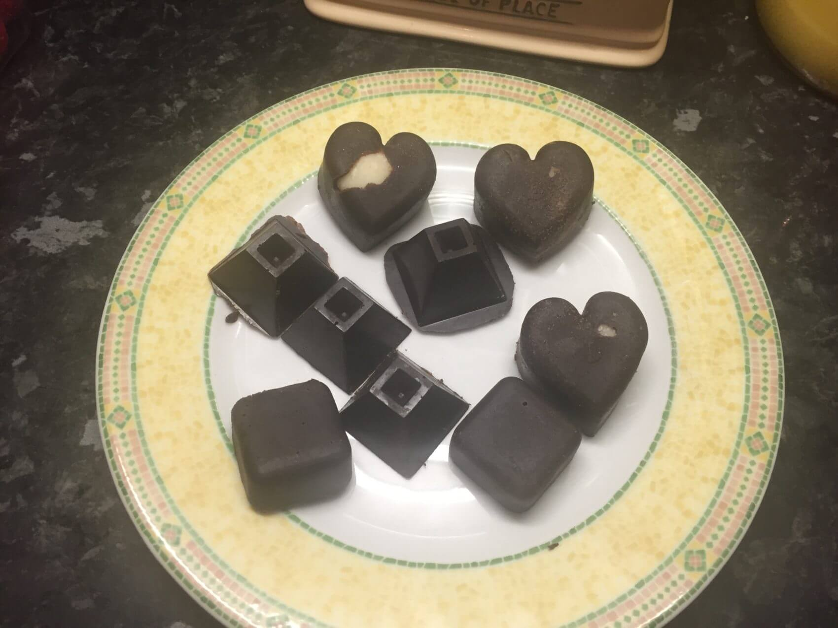 low carb keto chocolates and chocolate bars