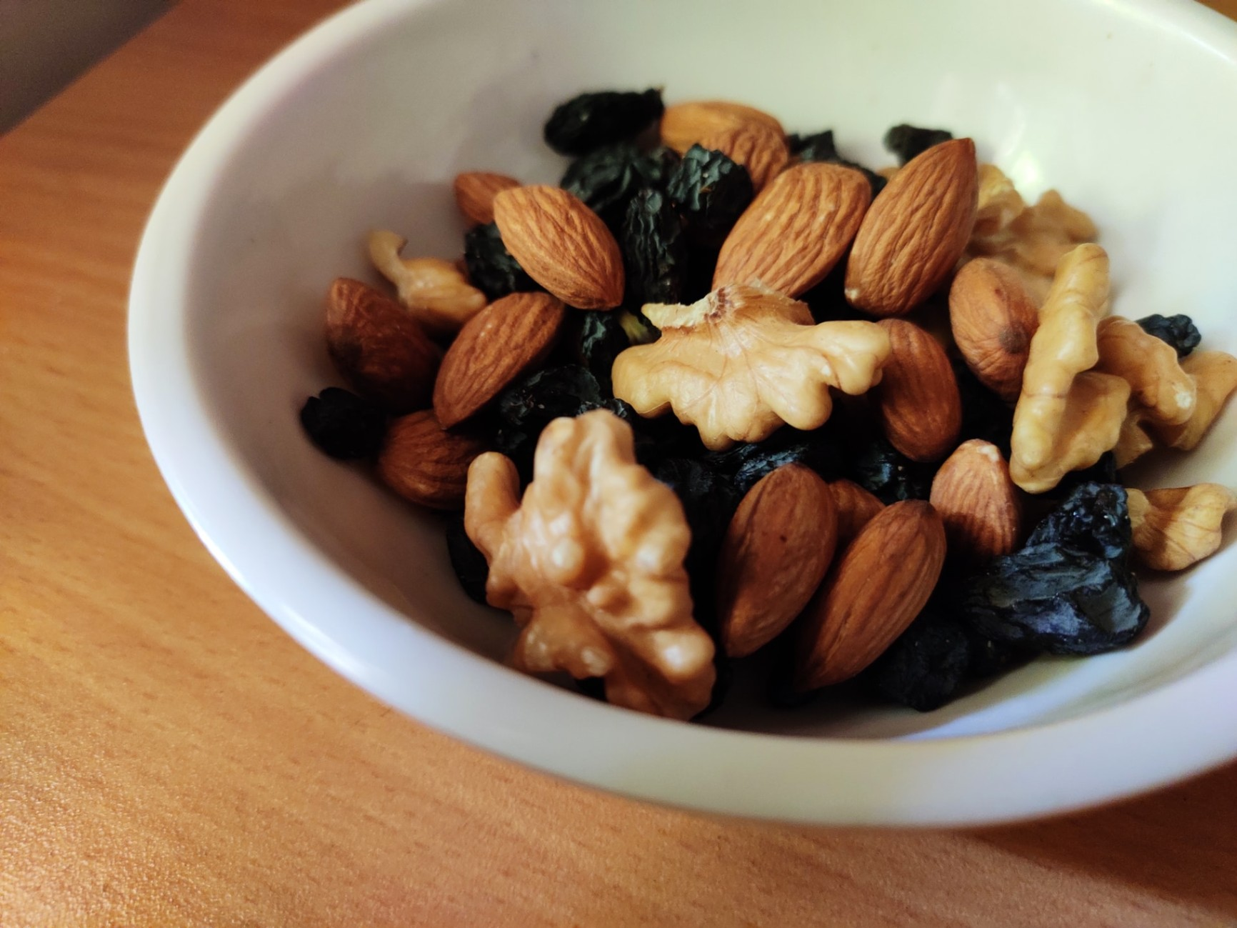 Discover 10 Simple and Healthy Snacks to Eat